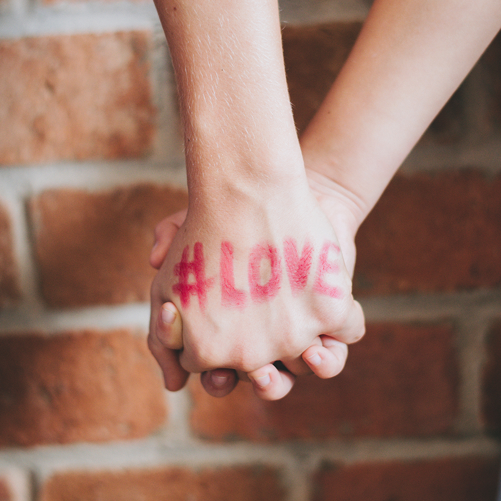 Love Status DP For Whatsapp Download