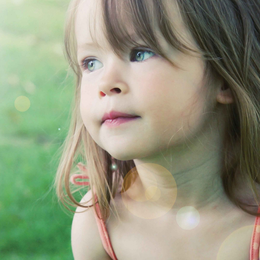 Cute Baby Sad DP For Whatsapp Download